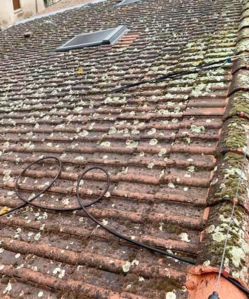 Illustration d'un toit avant le travail de Toiture Jean